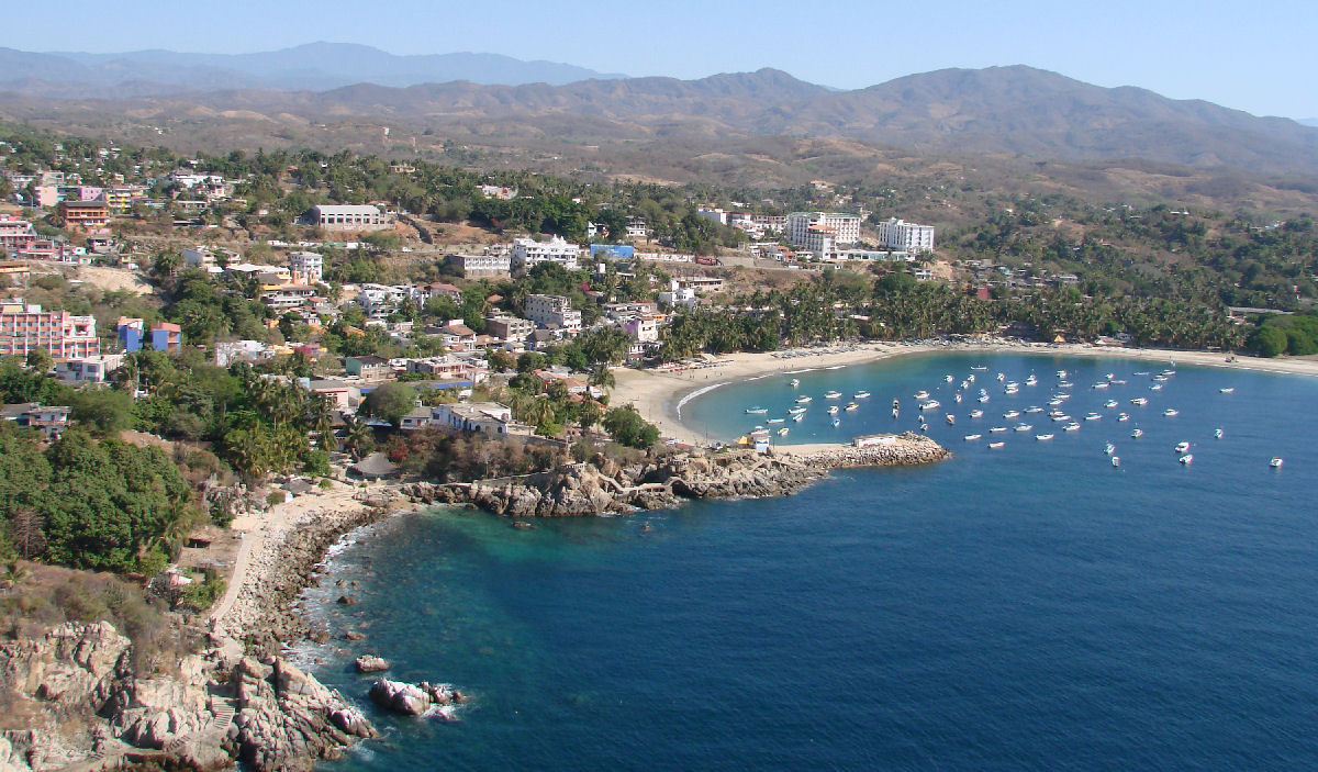 Puerto Escondido: Oaxaca's Seaside Gem | Go Blue Tours
